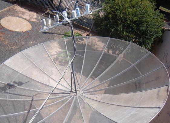 Antena parabólica em área comum do prédio pode ser desfrutada por todos os condôminos?