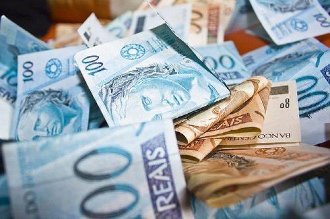 Dinheiro em caixa x Aprovação em assembleia